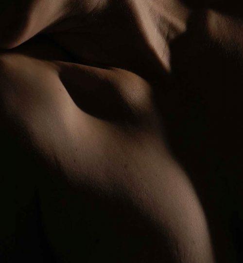 Erotik_Ausschnitt-Kopie